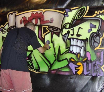 photos_contrat_hiphop_murales_graffiti_artiste_du cafe_evenement_francofolies_2007_13